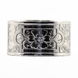 BR026   Sterling silver die rolled ring
