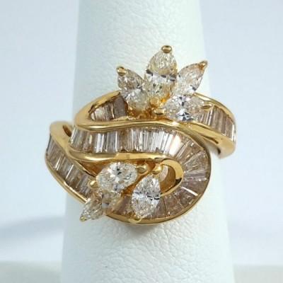 18k Yellow Gold Ladies Fashion Ring R10072