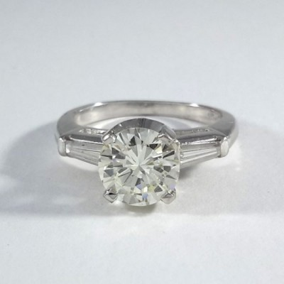 Platinum Ladies Engagement Ring R10115