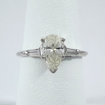 14k White Gold Ladies Fashion Ring R9914